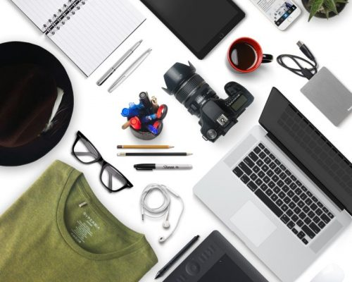 StartupJurister-influencer-instagram-desk-